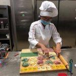 """Bucătăreasă româncă din Italia numită """"Ambasadoare a Bucătăriei Italiene"""". Secretele ei sunt pasiunea și arta gastronomică"""