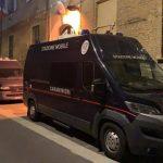 Italia. Un român și-a forțat iubita să se prostitueze și să se drogheze. A fost arestat pe loc
